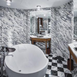 Rosewood x Vispring Bath room